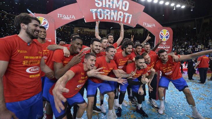 Basket, Malagò:«L'Italia doveva tornare al Mondiale, guardiamo a Tokyo 2020»
