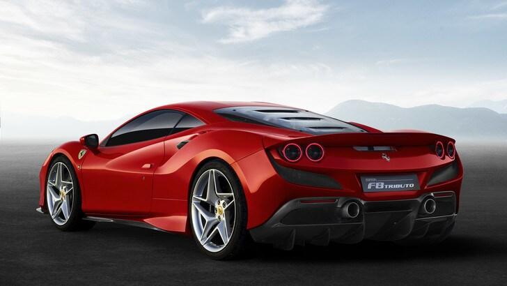 Ferrari al Salone di Ginevra con F8 Tributo