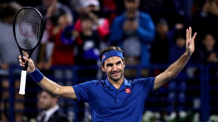 Tennis: Federer in semifinale a Dubai, il 100° titolo si avvicina