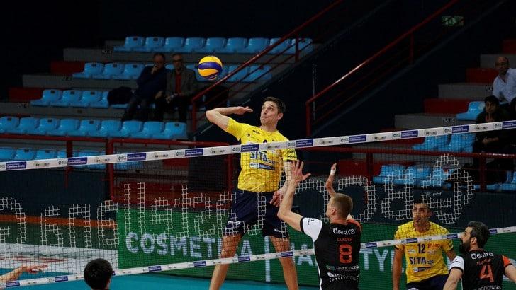 Volley: Superlega, per Castellana Grotte ancora un tie break vincente