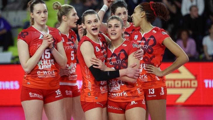 Volley: A1 Femminile, Busto travolge Brescia nel derby