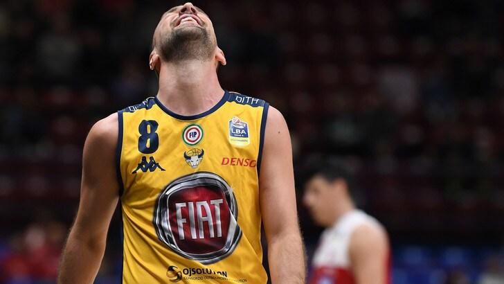 Basket Serie A, Torino crolla a Milano. Cremona trionfa dopo l'overtime a Sassari