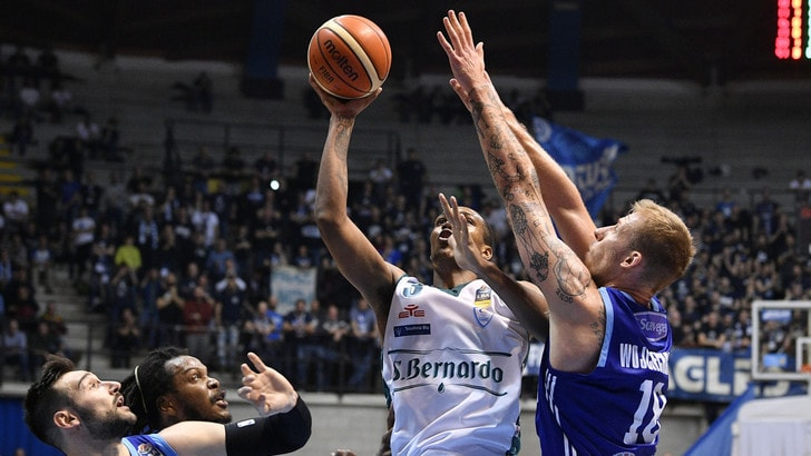 Basket Serie A: Brindisi ko, Cantù vince il monday night