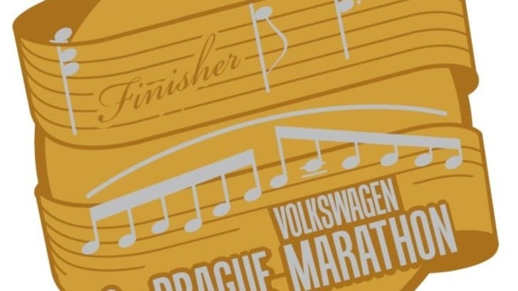 Prague Marathon: presentata la nuova medaglia