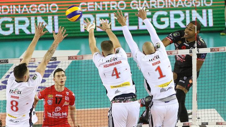 Volley: Superlega, Civitanova si impone ma Milano esce a testa alta