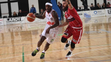 Basket Serie A2, Latina batte la Virtus Cassino. Forlì passa contro Baltur Cento
