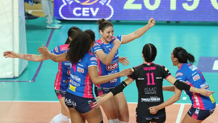Volley: Champions Femminile, tre italiane in campo per l'andata dei Quarti