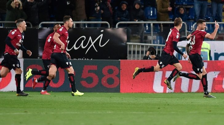 Cagliari-Fiorentina, 2-1 nel ricordo di Astori