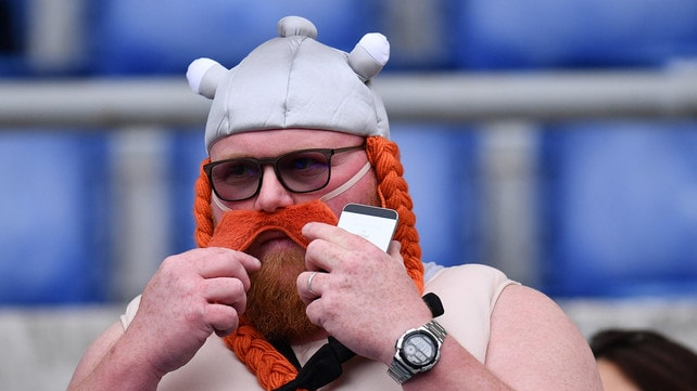 Rugby, Italia-Francia: all'Olimpico spuntano Asterix e Obelix