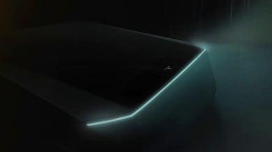 Tesla: Elon Musk svela il pick-up elettrico