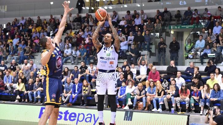 Basket A1: Cremona batte Milano, Torino cade contro Brescia