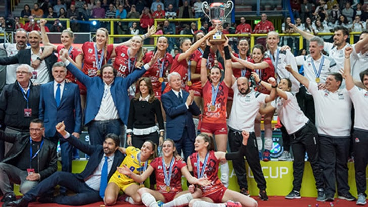 Volley: Cev Cup, Busto fa esplodere il Palayamamay, il trofeo è in bacheca