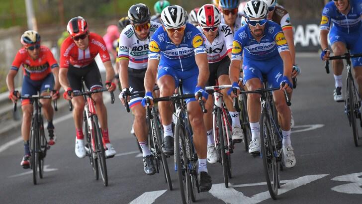 Ciclismo, Coppi-Bartali: la terza tappa se l'aggiudica Velasco