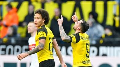 Bundesliga, Alcacer in extremis e il Borussia ritrova il primato. Pari a Friburgo per il Bayern