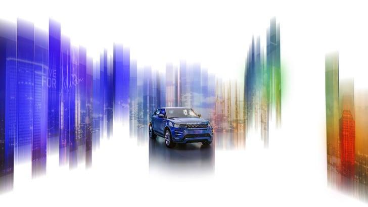 Land Rover alla Milano Design Week per la presentazione della nuova Evoque