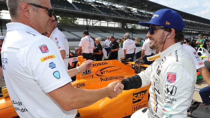 Indy 500, Alonso: incidente in pista, ma il pilota sta bene