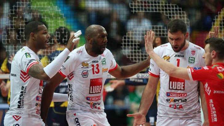 Volley: Superlega, Civitanova è la seconda semifinalista, espugnata Verona