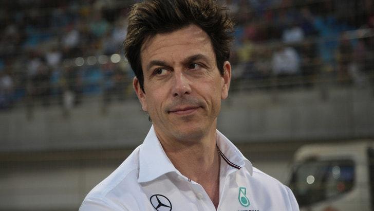 F1 Mercedes, Wolff: «La Ferrari ha il motore più potente»