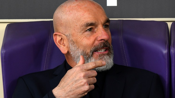 Dimissioni Pioli, la Fiorentina risponde: «Atteggiamento incomprensibile e ingiustificabile»