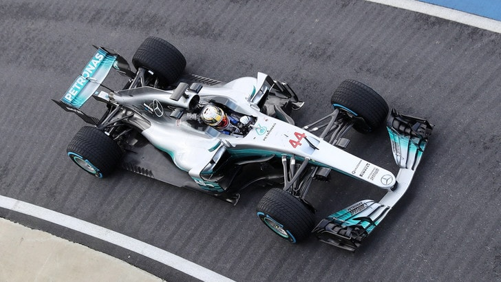 F1 Cina, Hamilton: «Vettel e Leclerc come me e Alonso in McLaren»