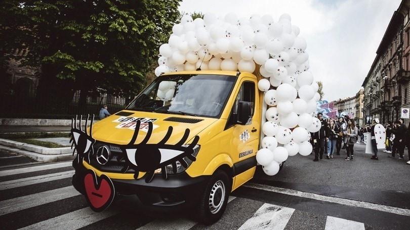 Milano Design Week: la Design Pride tra arte, musica e coreografie