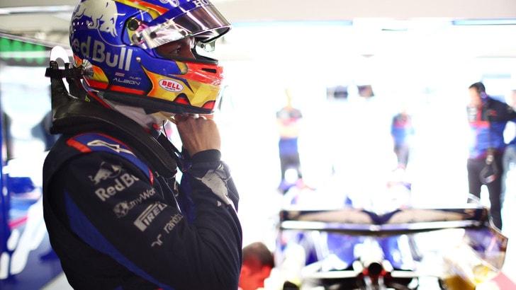 F1 Gp Cina, incidente per Albon: è illeso