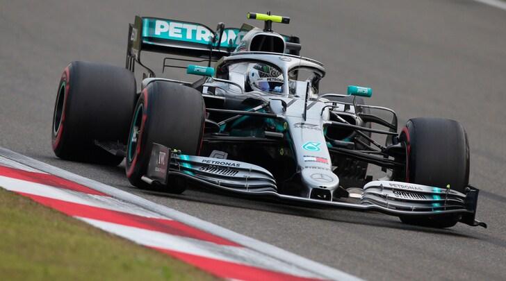 F1, Gp Cina: Bottas primo sulla griglia di partenza