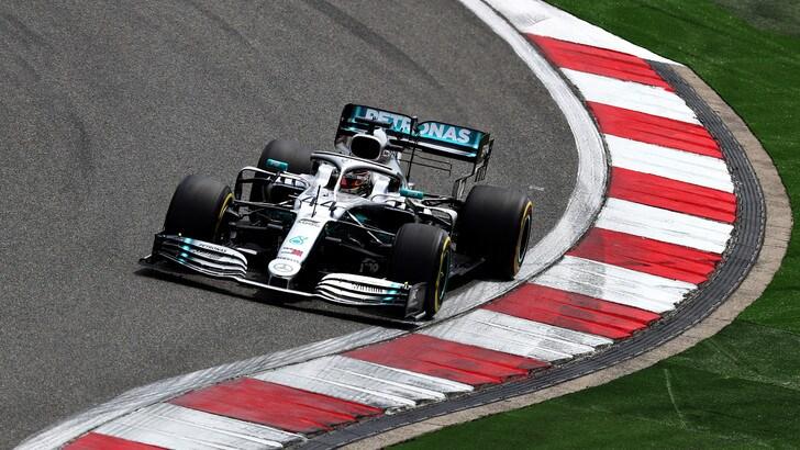 F1 Mercedes, Hamilton: «Congratulazioni a Bottas»