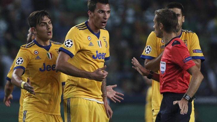 Juve-Ajax, arbitra Turpin: un precedente con i bianconeri