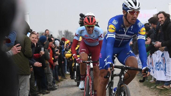 Ciclismo: la Parigi-Roubaix è di Gilbert, solo quinto Sagan