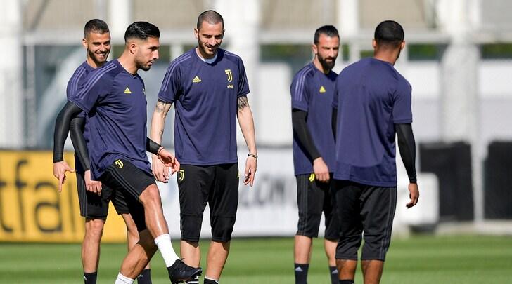 Juve, Chiellini non si è allenato nella rifinitura alla vigilia dell'Ajax