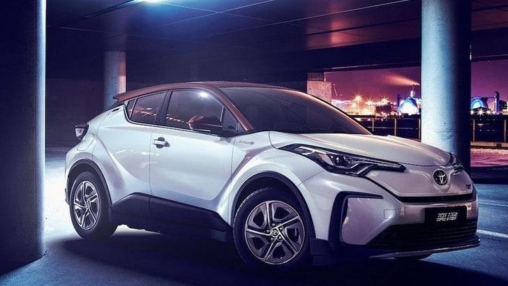 Toyota C-HR, esordio a Shanghai per il Suv elettrico