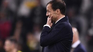 Juventus, tra i tifosi impazza l'hashtag #Allegriout