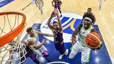 Basket, Eurocup: Sassari vola in finale, non riesce l'impresa a Varese