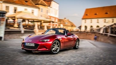 Mazda MX-5 i-Eloop: via all'ibrido