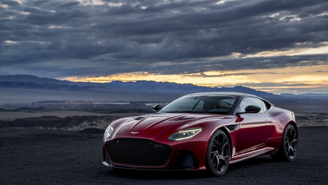 Aston Martin DBS Superleggera, le foto
