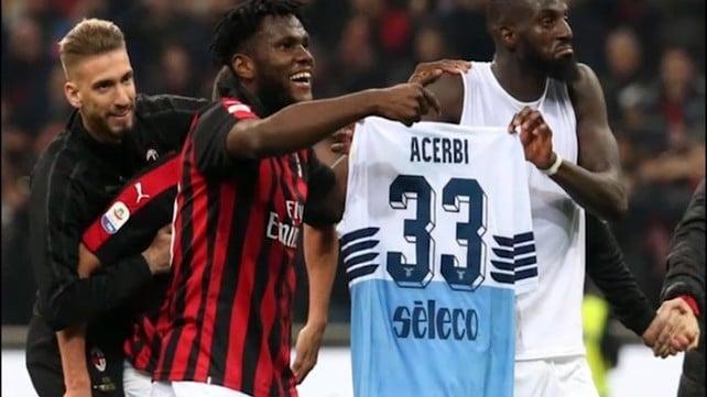 Patteggiamento per il gesto su Acerbi da parte del Milan