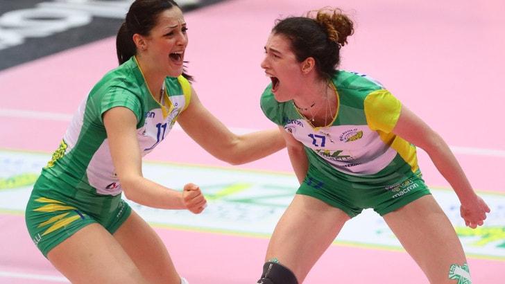 Volley: A2 Femminile, domani pomeriggio in campo per Gara 2 dei Quarti