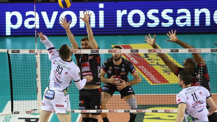 Volley: Superlega, Civitanova fa sua anche Gara 2 contro Trento