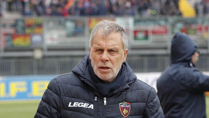 Serie B Cosenza, Braglia: «Se ci va bene con lo Spezia, fino alla fine ci divertiremo»