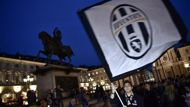 Juventus, a piazza San Carlo i festeggiamenti per lo scudetto