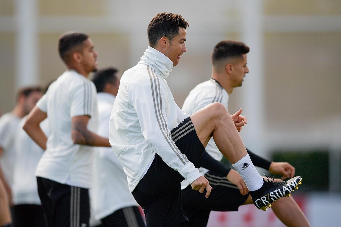 Cristiano Ronaldo, lo scarpino è da superstar!