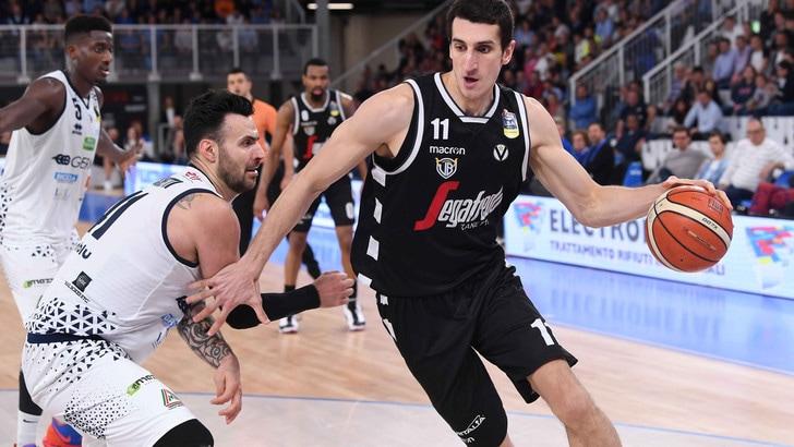 Basket, Serie A: Brescia vince sulla sirena