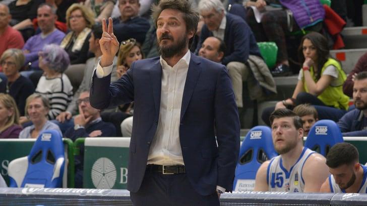 Basket Eurocup, Pozzecco: «Voglio regalare a Sassari un grande sogno»