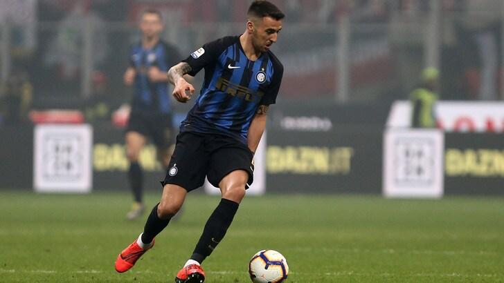 Inter,  contrattura al retto femorale per Vecino: salterà l'Udinese