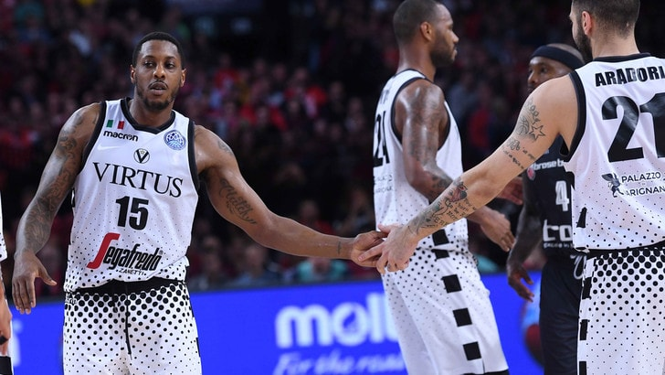 Basket, la Virtus Bologna vola in finale di Champions League
