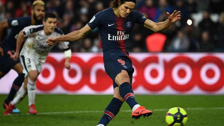 Ligue 1, Cavani spreca il rigore al 93' e il PSG fa 1-1 con il Nizza