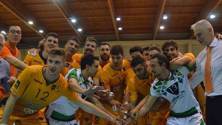 Volley: A2 Maschile, Livorno strappa la salvezza, Lagonegro in A3