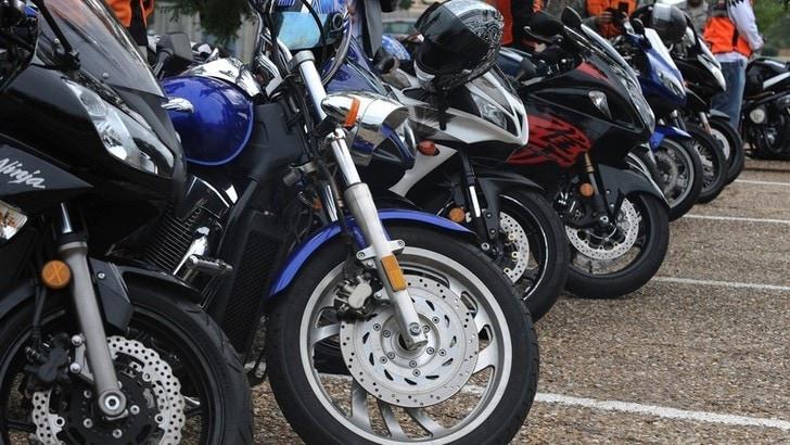 Immatricolazioni moto e scooter ad aprile 2019: dati positivi, enduro al top
