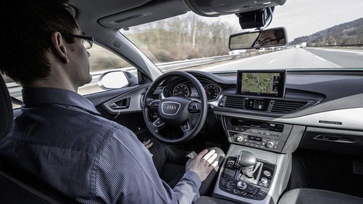 Guida autonoma, i test si faranno a Torino e a Parma